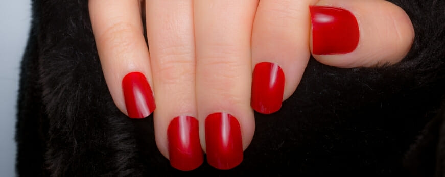 Make Fake Nails Stay on for Longer Times